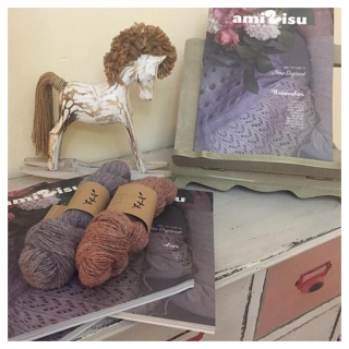 Amirisu & Rustic in Knit-House
